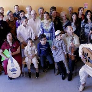 La chorale des Grésilles accompagnée par la Nouba Andalouse
